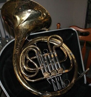 Bach French Horn With Mouthpeice And Case Starter Horn Brass
