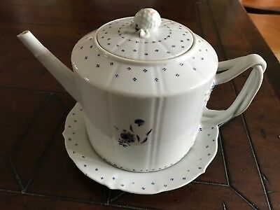 Antique Late 18thC Chinese Export floral Porcelain Teapot with liner/plate