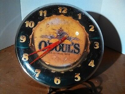 1993 O'Doul's Hanging Clock with Lights! Light works, Clock needs some Work.