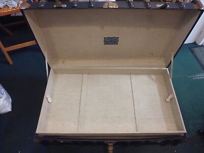 Vintage Antique Drawco Chest / Trunk with inner tray. Has B. D. on each end