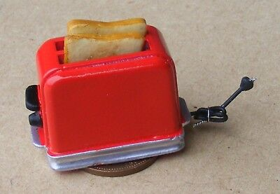 1:12 Scale Pop Up Red Toaster And 2 Bread Slices Dolls House Kitchen Accessory
