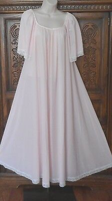 """Lucie Ann Claire Sandra Vintage Long Pink Nylon Nightgown-Petite-120"""" Sweep"""