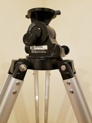 Meade Deluxe Field Tripod #883 (For use with ETX-60, 70, 80, 90, 105, 125...)