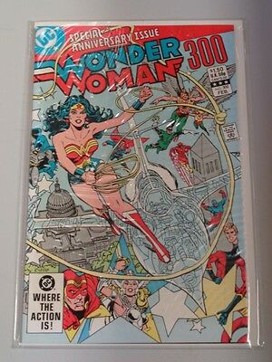 Wonder Woman #300 Dc Comics Giant Anniversary February 1983