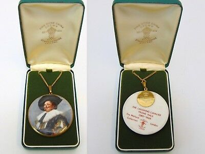 """""""The Laughing Cavalier"""" Fine bone China vintage Pendant Staffordshire Wallace"""