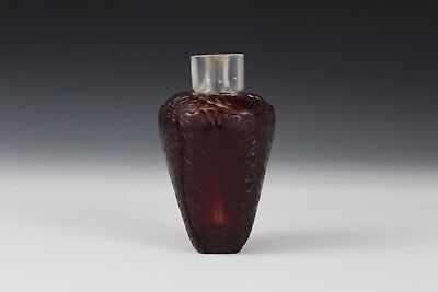 Red glass overlay Chinese Snuff Bottle shaped like cabbage