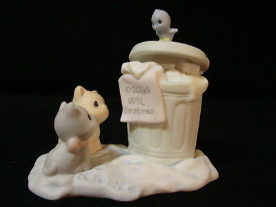 $ Precious Moments Sugar Town Garbage Can Christmas Collectable