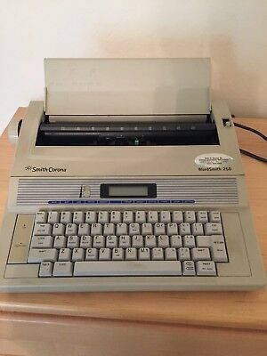 SMITH CORONA Wordsmith 250 Portable Electronic Typewriter