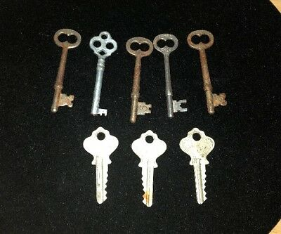 Lot of 8 VINTAGE KEYS Skeleton LOCK DOOR ANTIQUE Corbin ilco