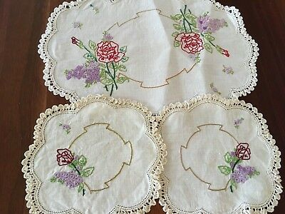 Gorgeous Vintage Linen Embroidered Roses Lilacs 3 Doily Duchess Set Craft Or Use