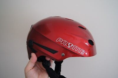 XL-Sized Red Pryme VARIO Snow Helmet