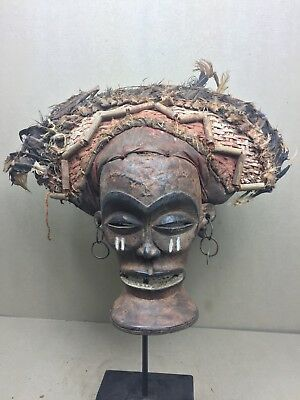 Beautiful Chokwe Chiongo Mask