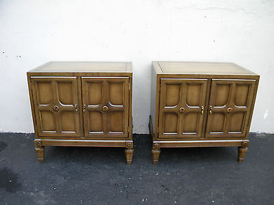 Mid century Pair of Walnut Nightstands End Side Tables 3003