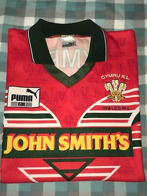 Wales Cymru official Rugby League shirt - 1990's - Size L - Excellent Condition.