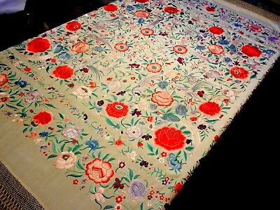 ABSOLUTE BEST 1900s ANTIQUE CHINESE Hand Embroidered SILK Tablecloth PIANO SHAWL