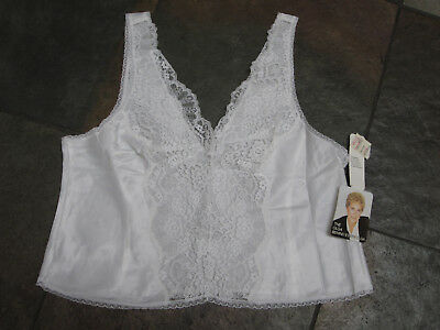 218 OLGA White Satin Size 38 VINTAGE Lace Camisole NOS NWT #10113 Discontinued