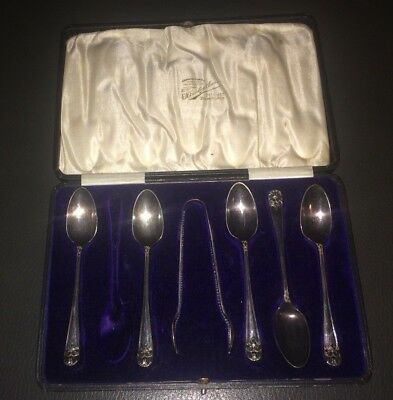 E H Lawley Silversmiths Birmingham Teaspoons and sugar tongs Boxed