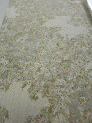 1W03z90 Japanese Kimono Silk  FABRIC Light gray Flowers 63""