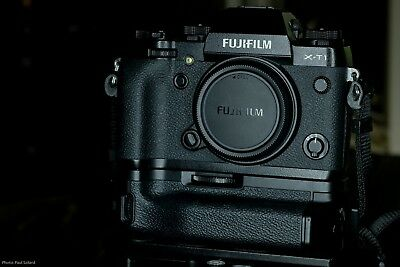 Fujifilm X Series X-T1 Mirrorless Camera with Booster Battery Grip