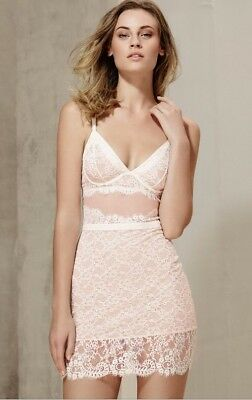 BNWT Marks & Spencer Autograph Delicate Antique Inspired Lace Body Slip 32D