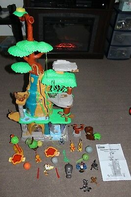 Disney The Lion Guard Training Lair Playset With Extra Figures Talking VS.