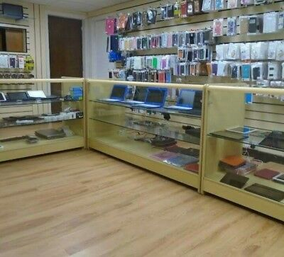 Shop and flat to let rent in Darwen main road position trading as mobile phone.