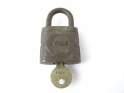 Working Yale Brass Metal The Yale & Towne MFG Co Hardware Padlock Lock w/ Key