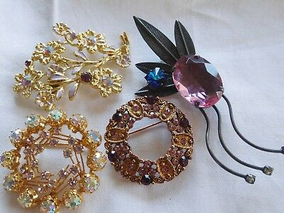 Lovely Collection of Vintage 1950s/60s  Brooches