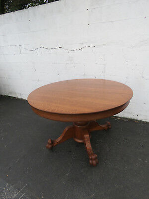 Tiger Oak Claw Feet Early 1900s Round Dinette Dining Table 8789