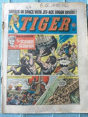 Tiger comic, May 23rd 1964 (Roy Of The Rovers). Reasonable condition, Rare