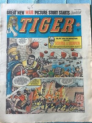 Tiger comic, May 30th 1964 (Roy Of The Rovers). Reasonable condition, Rare