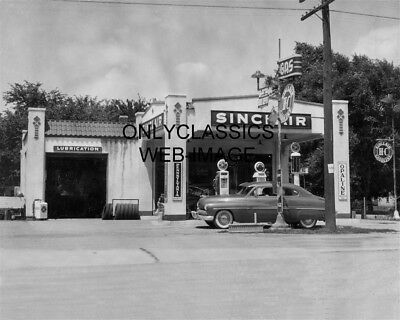 1949 Sinclair Gas Station Photo Bus Depot Exeter Ne Mercury Car Globe Pumps Sign