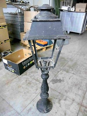 Alte große Laterne Mauerlampe H 99 cm Metall Guss
