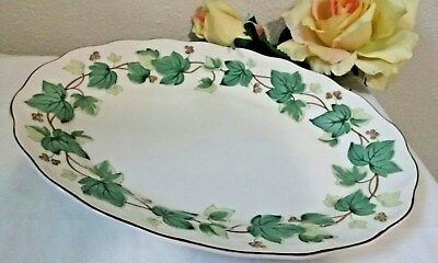 NIKKO GREEN IVY OVAL SERVING PLATTER Casual Living JAPAN