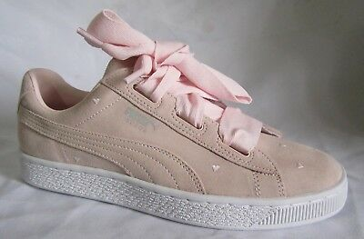 9d6b784199105c Puma Suede Heart Valentine Jr Pink Walking Shoes 7