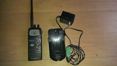 Icom IC M1 vhf handheld fully functional with   good battery and charger  5 watt