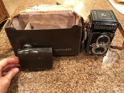 Yashica 635 KIT w/ 35mm adapter, large case and straps