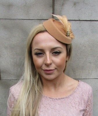 Nude Beige Tan Gold Feather Pillbox Hat Fascinator Races Hair Clip Wedding 5429