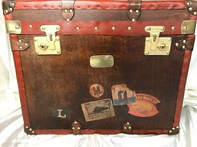 1 English Handmade Leather Steamer Chest Bedside Coffee Table Brass Fixtures