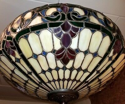 Tiffany Style Art Deco Leaded Stained Glass Hanging Three Light Pendant Fixture