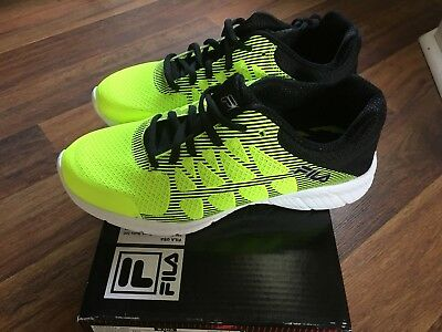 Brand New Fila Finity Boys Athletic Shoes Yellow/Black/Silver Size 5