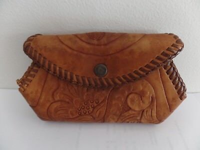 Vintage floral hand tooled Leather Western style COIN CHANGE PURSE 1950s NICE