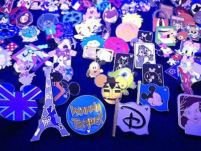 Disney Trading pins Mixed lot of .25