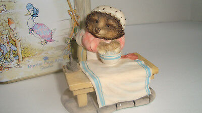 Border Fine Arts Beatrix Potter Peter Rabbit Mrs Tiggy-Winkle Figurine Tin Box