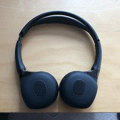 Range Rover Wireless Headphones with pouch