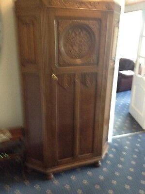 oak hall robe 70 years old in very nice condition