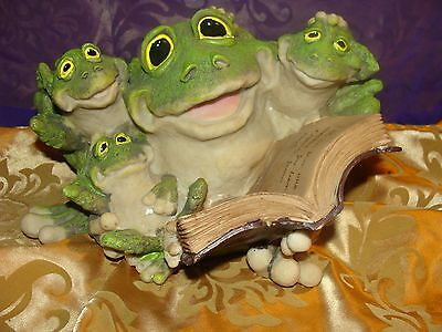 FAMILY OF FROG with BOOK Figurine Resin Garden Patio Lawn Decor NEW IN BOX large
