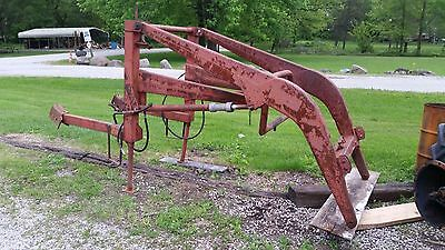 Ford Model 701 Quick-Attach Farm Loader