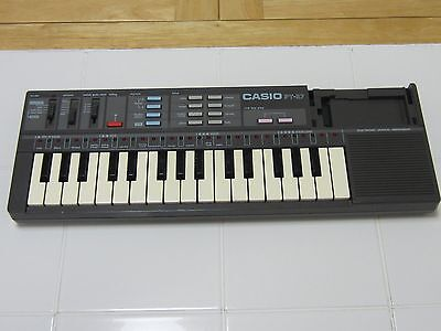 Casio Casiotone PT-87 Vintage Synthesizer Electronic Keyboard