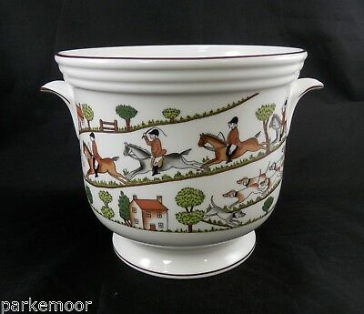 "PV02033 Crown Staffordshire HUNTING SCENE Handled Cache Pot- LARGE- 6 1/4"" Tall"